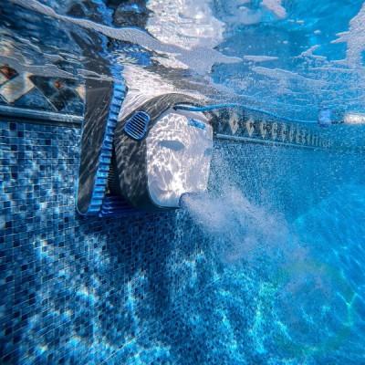 Робот за басейн Dolphin S 300i - за басейн с дължина до 12 м